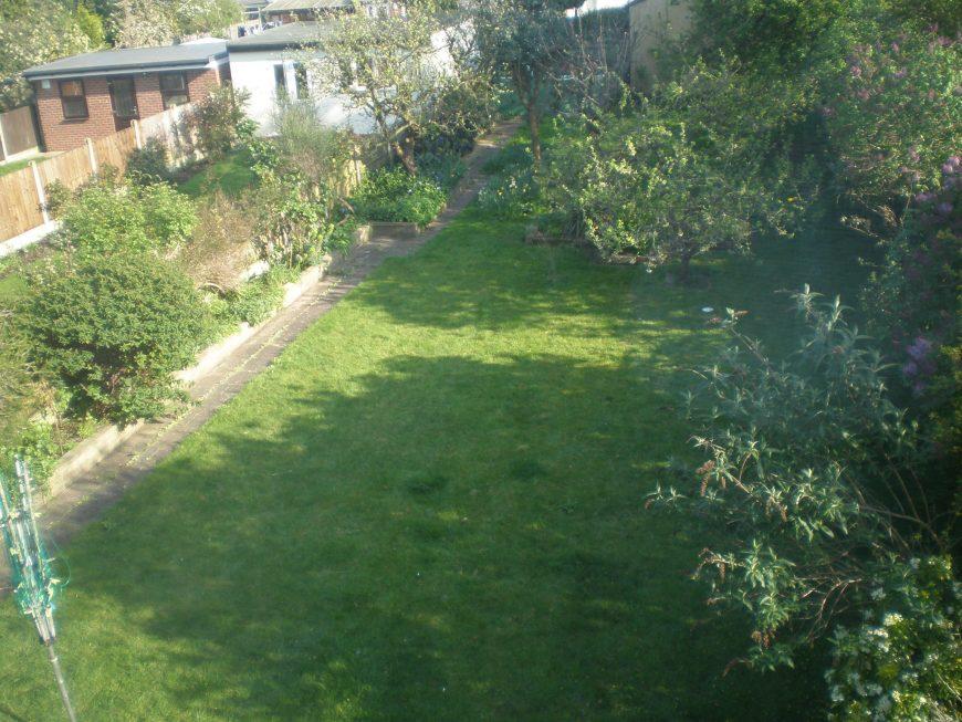 Glenwwod Gardens Gants Hill